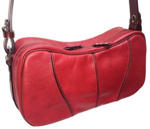 42-0062 SHOULDER BAG ¥26,500(税別) RED